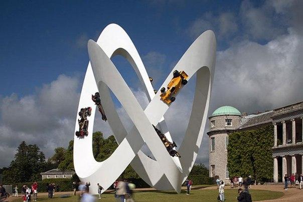 Необычные автомобильные скульптуры Джерри Джуды