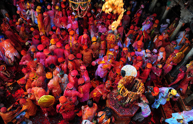 Разноцветный праздник Холи в Индии