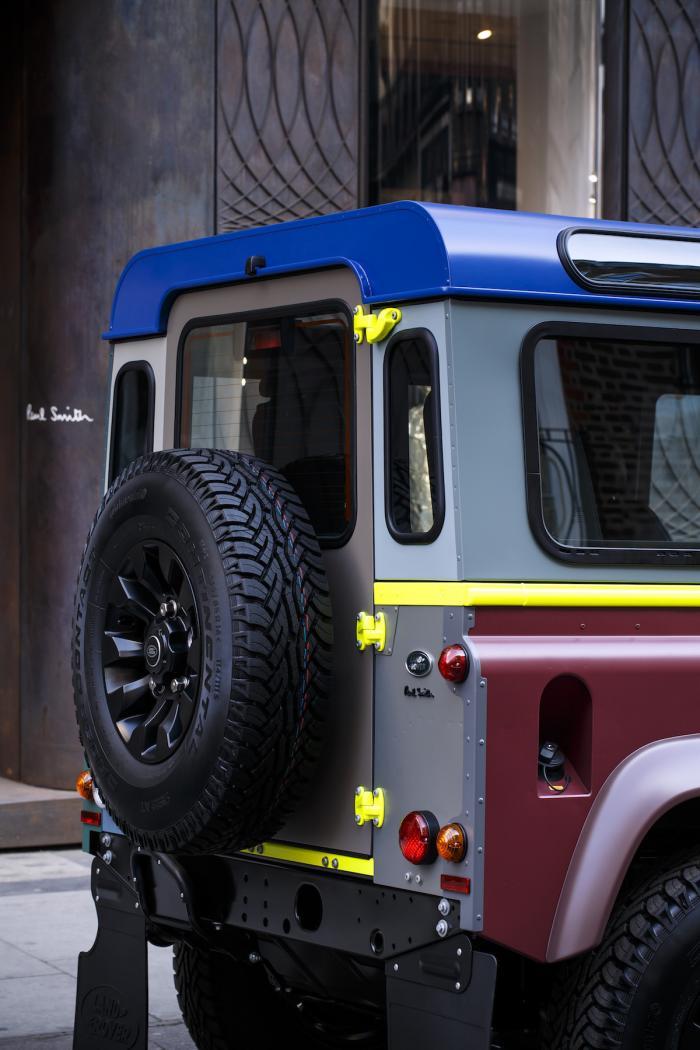 Специальная версия Land Rover Defender от модельера