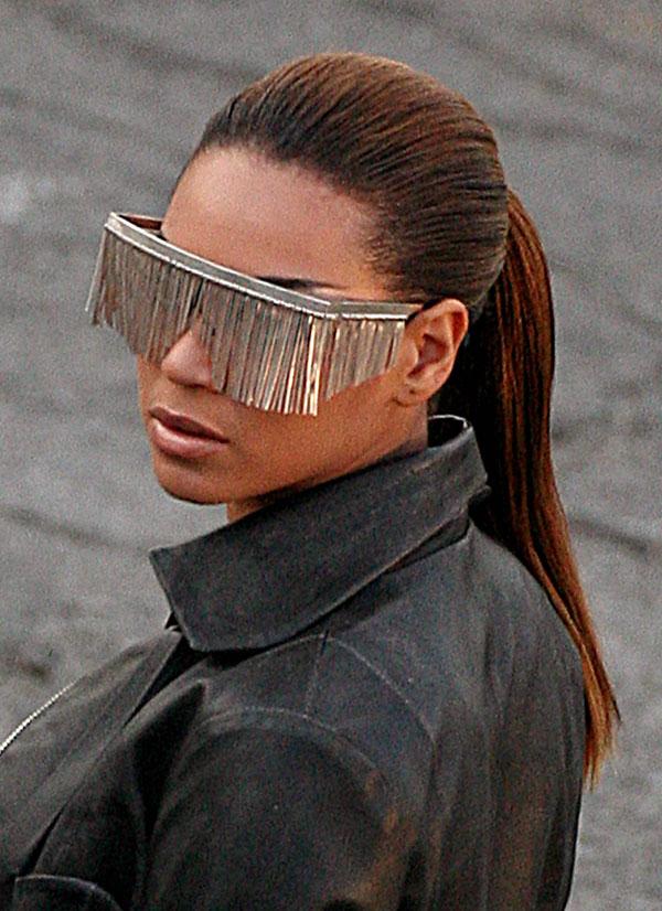 Странные и необычные наушники и очки