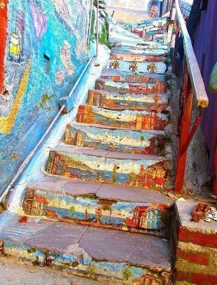 Разрисованные лестницы дарят позитив