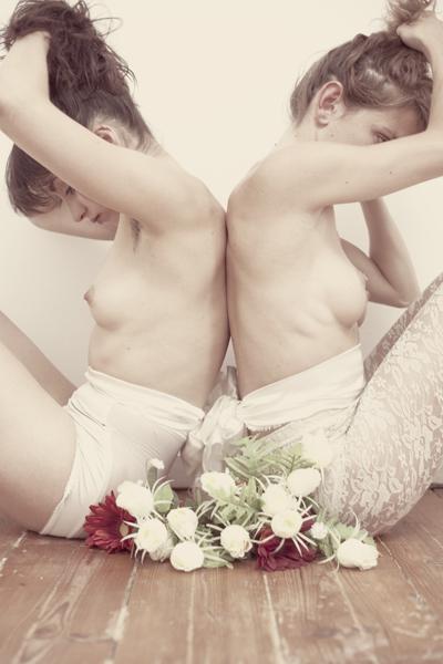 Снимки обнаженных моделей от Ивано Салониа и Ана Рита Соуза