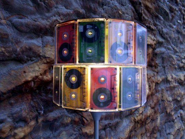 Креативные вещи из старых кассет