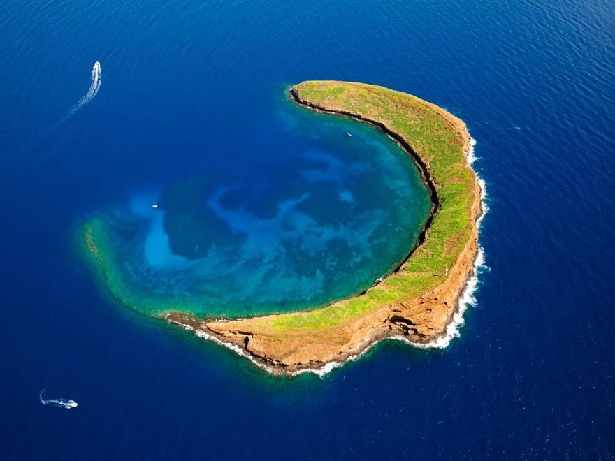 Острова необычной формы со всего мира