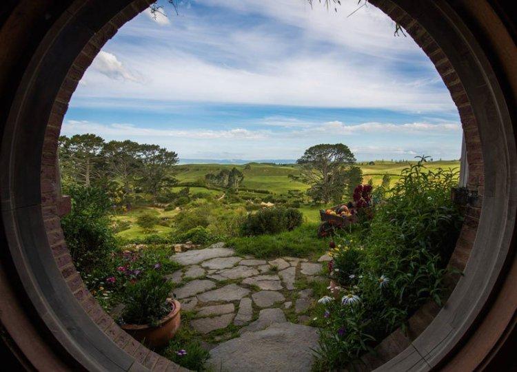 Сказочная деревня хоббитов в Новой Зеландии