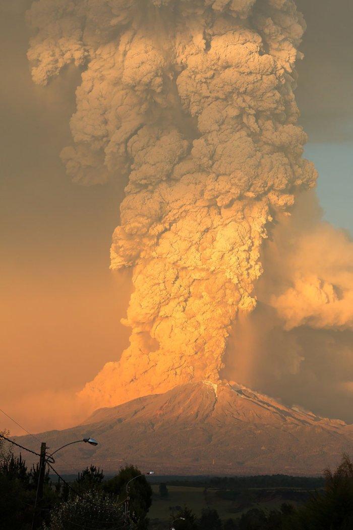 Чилийский вулкан Кальбуко проснулся