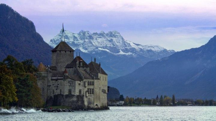 Почему стоит поехать в Швейцарию