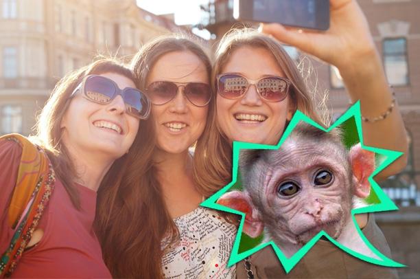 Как звучат улыбки на камеру в разных странах