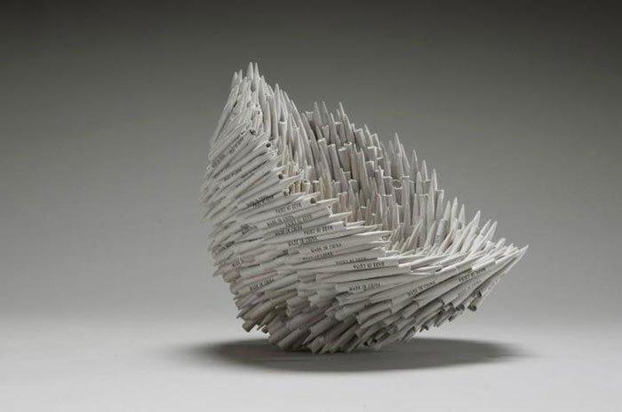 Необычные скульптуры из старых книг от Жаклин Раш Ли
