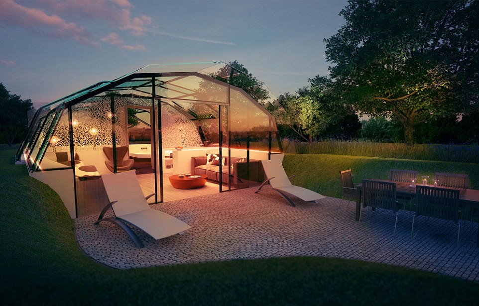 Абсолютно стеклянный дом и естественный свет