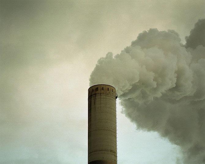 Как дымят заводы от фотографа Конора Кларка