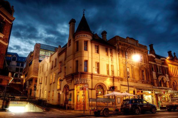 10 отелей с привидениями