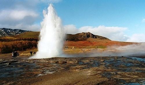10 самых больших гейзеров мира