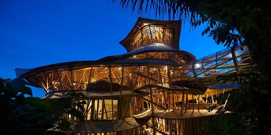 Креативные бамбуковые дома на Бали