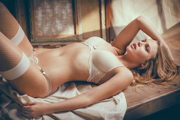 Красивые девушки в сексуальном нижнем белье