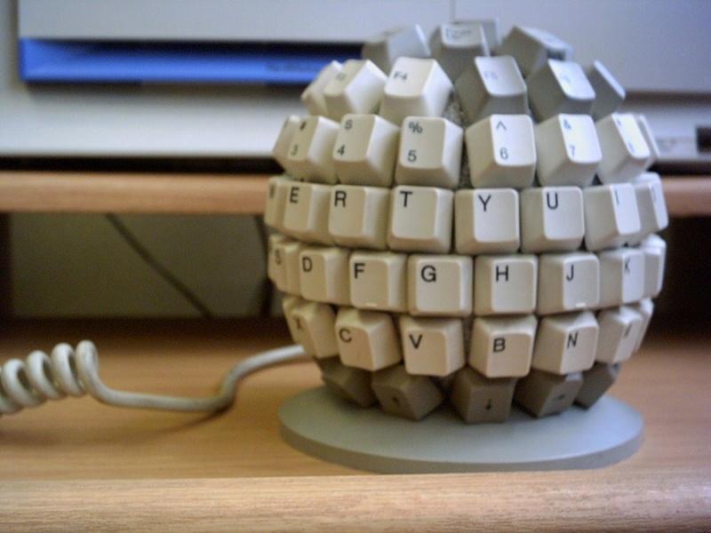 Необычные и странные компьютерные клавиатуры