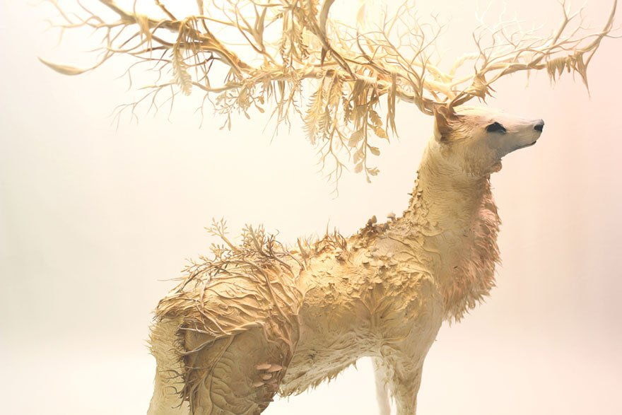 Скульптуры необычных существ из глины от Эллен Джеветт