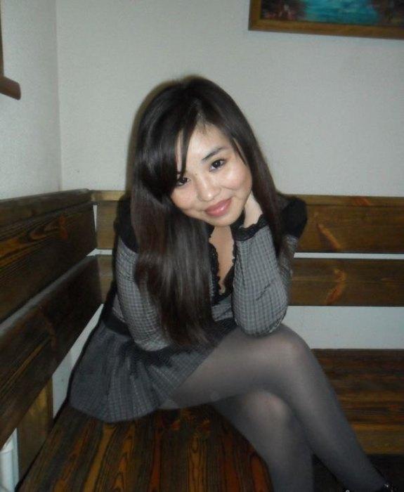 Красивые монгольские девушки из соцсетей
