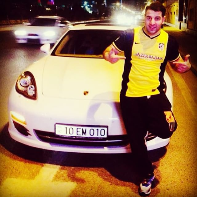 Золотая молодежь Азербайджана в соцсетях