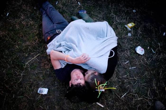 Утро после фестиваля Гластонбери-2015