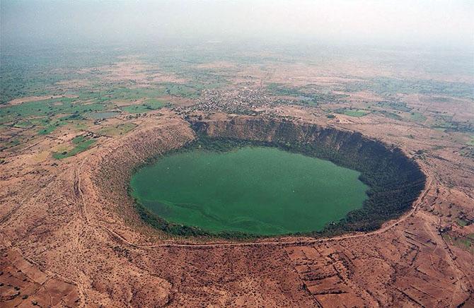 Метеоритные кратеры на Земле, которые можно посетить
