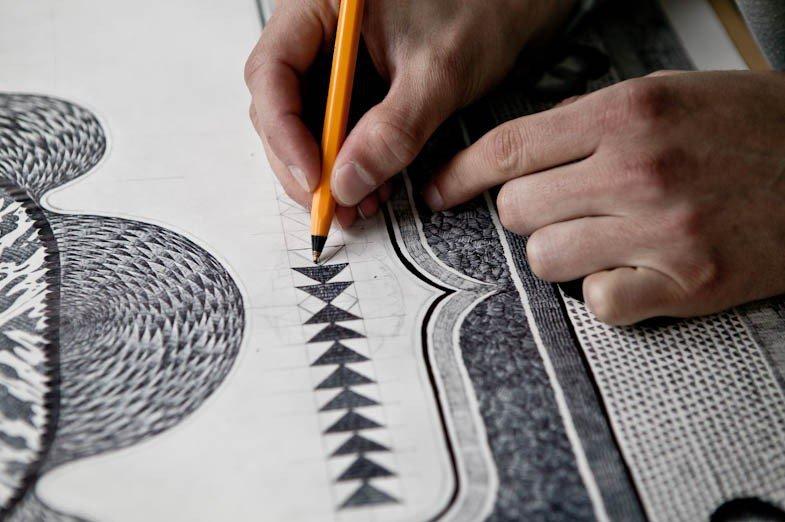 Ковры, нарисованные шариковой ручкой