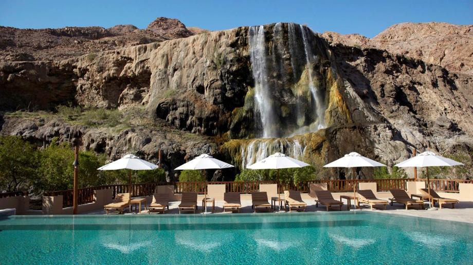 Необычные бассейны на знаменитых курортах