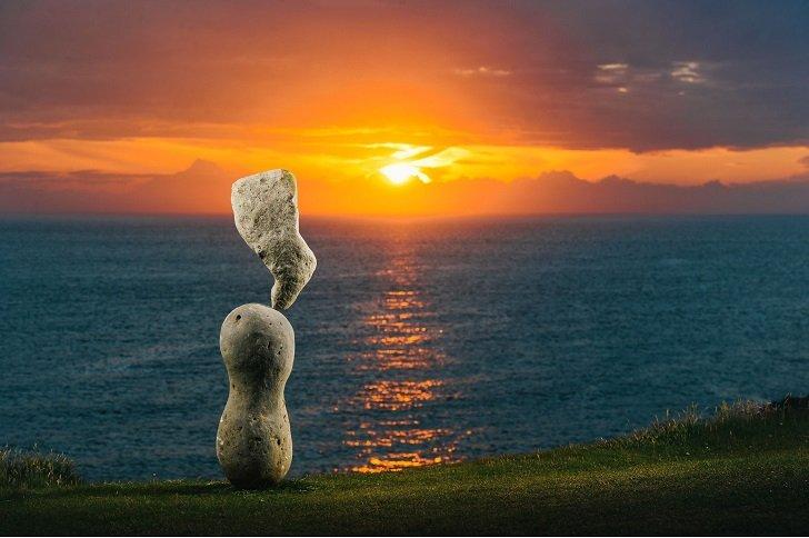 Балансирующие камни от Эдриана Грэя