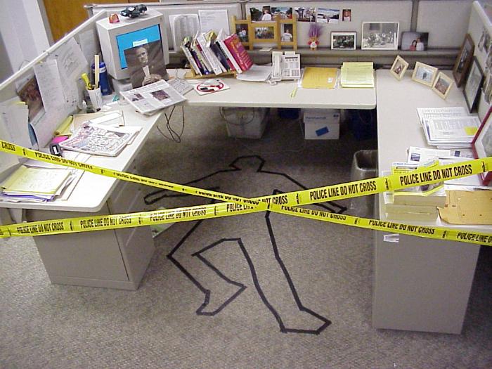 Как эффектно разыграть любимых коллег на работе