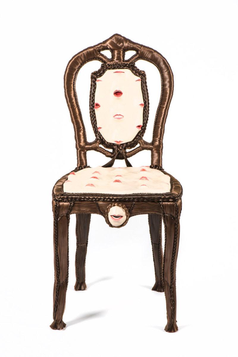 Предметы интерьера с частями тела в работах Фионы Робертс
