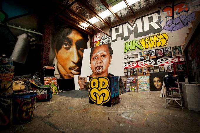 Работы новозеландского уличного художника Owen Dippie