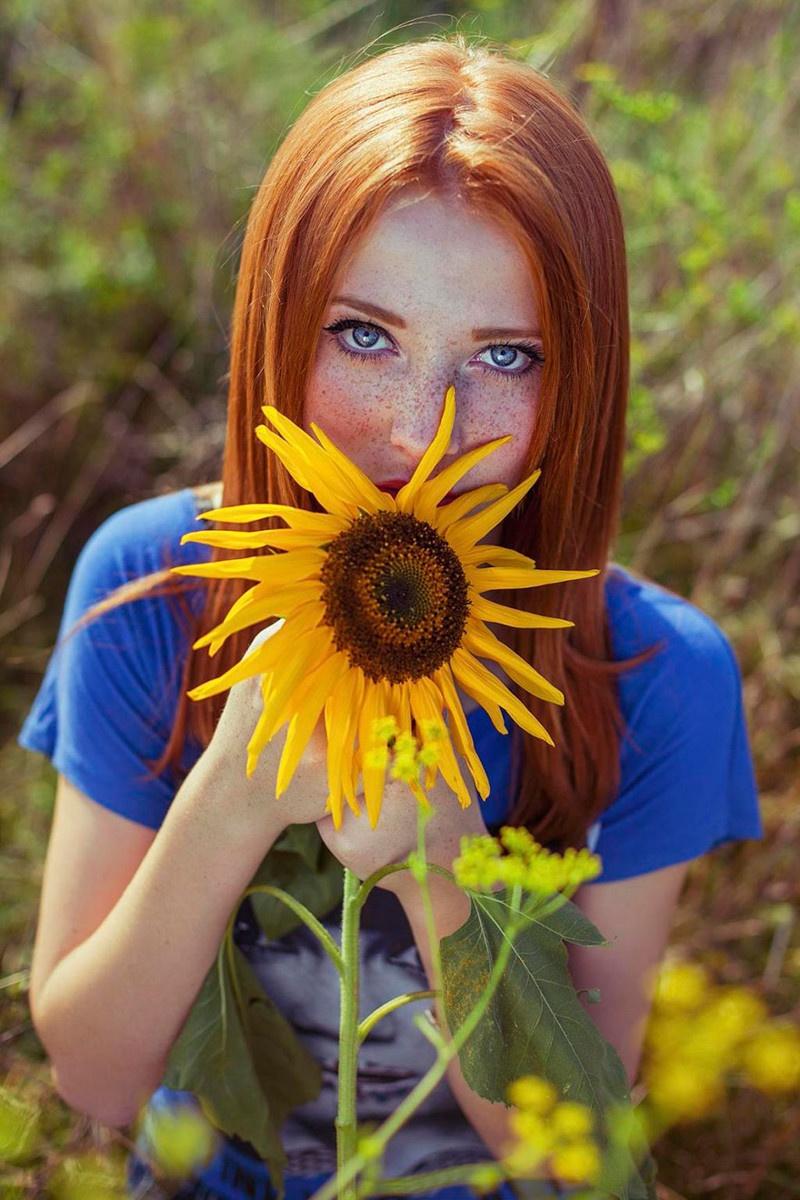 Красивые девушки с веснушками