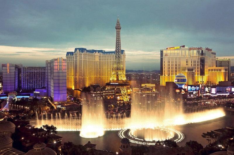 Самые красивые фонтаны со всего мира