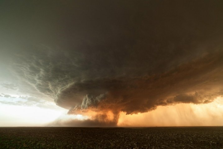 Лучшие Фотографии от охотников за ураганами