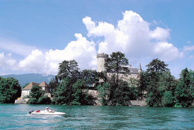 Лучшие озера для летнего отдыха