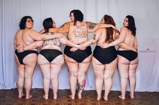 Фотосерия вдохновит полных женщин не стесняться своего тела