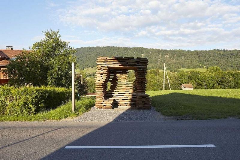 Автобусные остановки от всемирно известных архитекторов