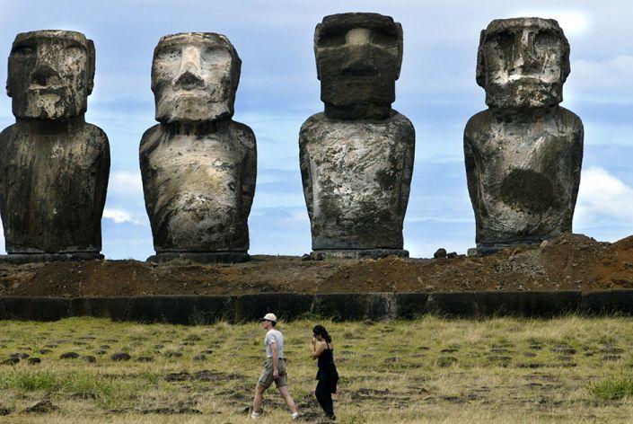Впечатляющие памятники со всего мира