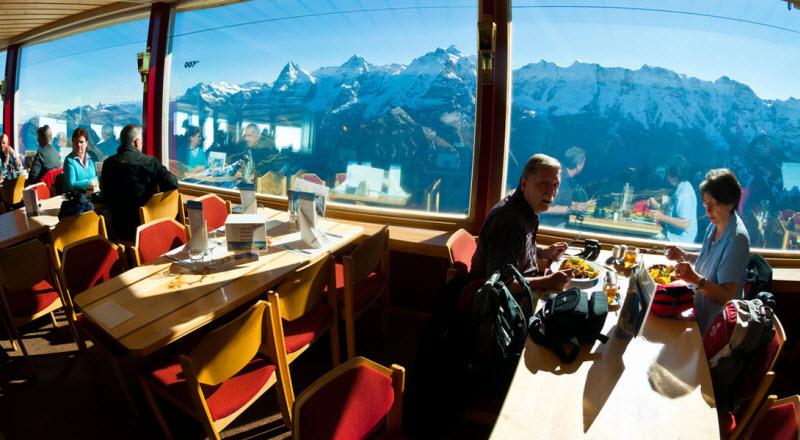 10 мест для путешествия в стиле Джеймса Бонда