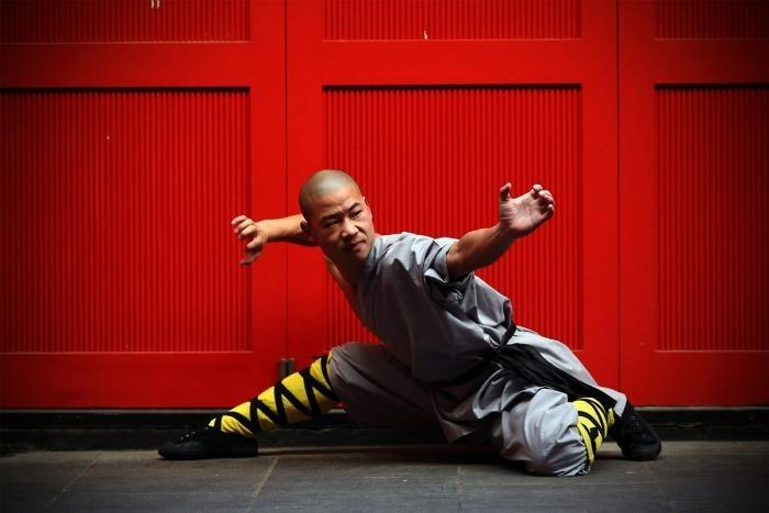 Навыки мастеров кунг-фу на улице