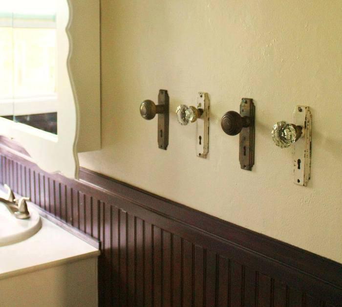 Использование старых дверных ручек в интерьере