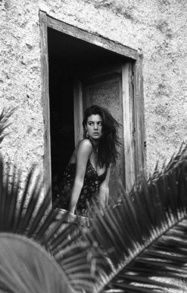 Моника Беллуччи в фотосессии Фредерика Мейлана 1991 года