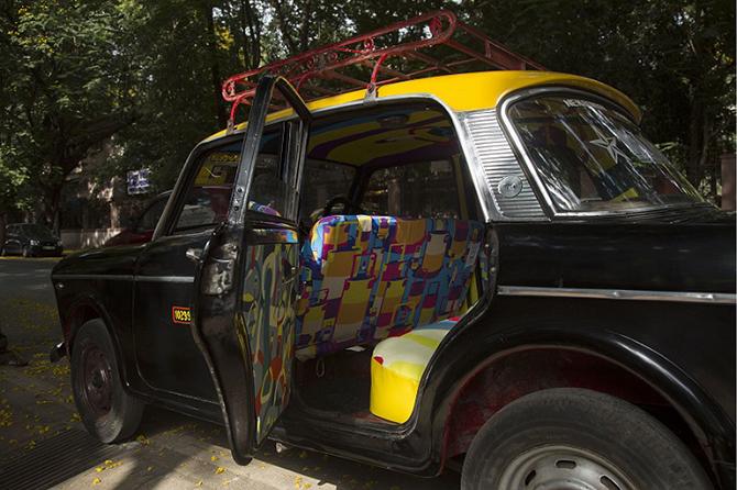 Дизайнерские салоны такси в Мумбае