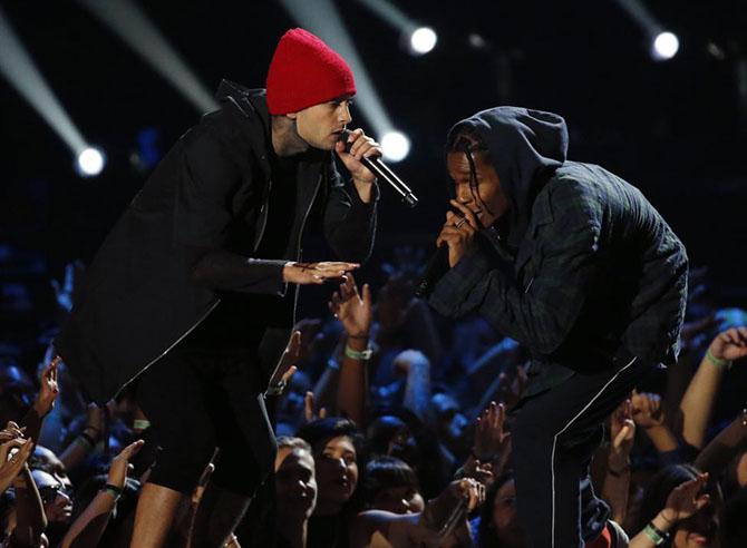 Церемония вручения наград MTV Video Music Awards 2015