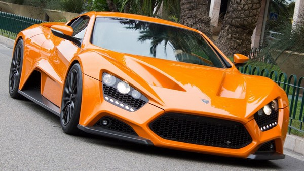 10 самых дорогих машин 2015 года