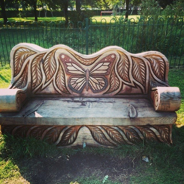 Необычные лавочки и скамейки со всего мира