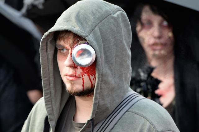 Парад зомби в центре Дюссельдорфа