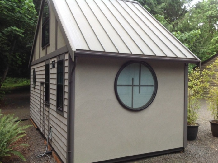 Крошечный дом от американского архитектора Криса Хейнинга