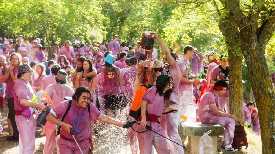 Популярные алкогольные фестивали со всего мира