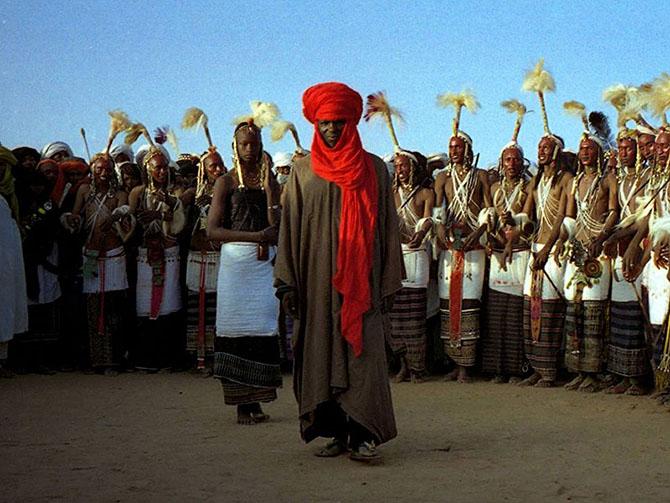 Странные ритуалы ухаживания со всего мира